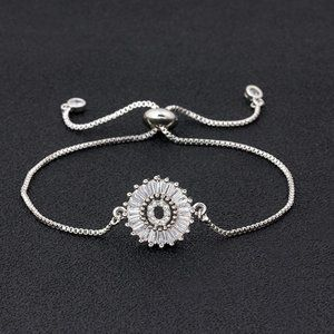 """Silver Round Letter """"O"""" Initial Name CZ Bracelet"""